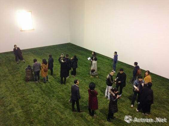 与展览主题同名的作品《景-别》现场