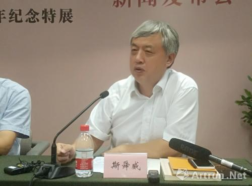中共海宁市委常委宣传部长姚建新详细介绍了海宁