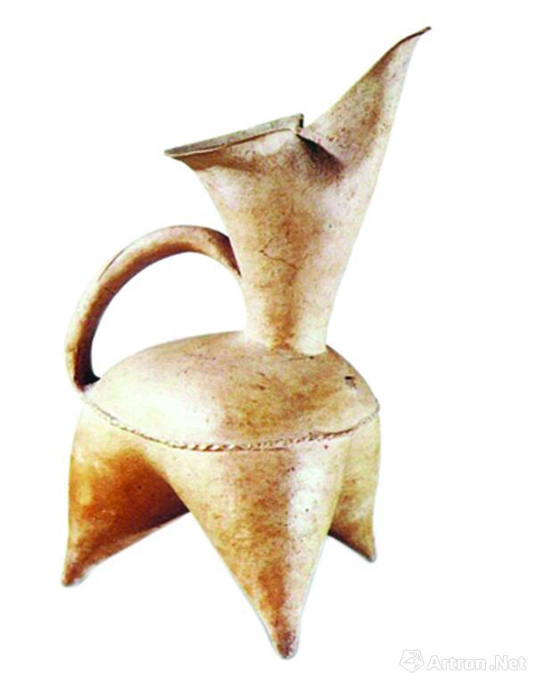 图1 新石器时代大汶口文化红陶鬶