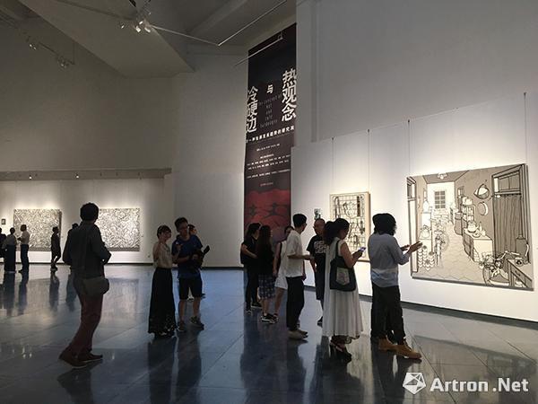 """""""热观念与冷硬边——对一种绘画发展趋势的研究展""""展览现场"""