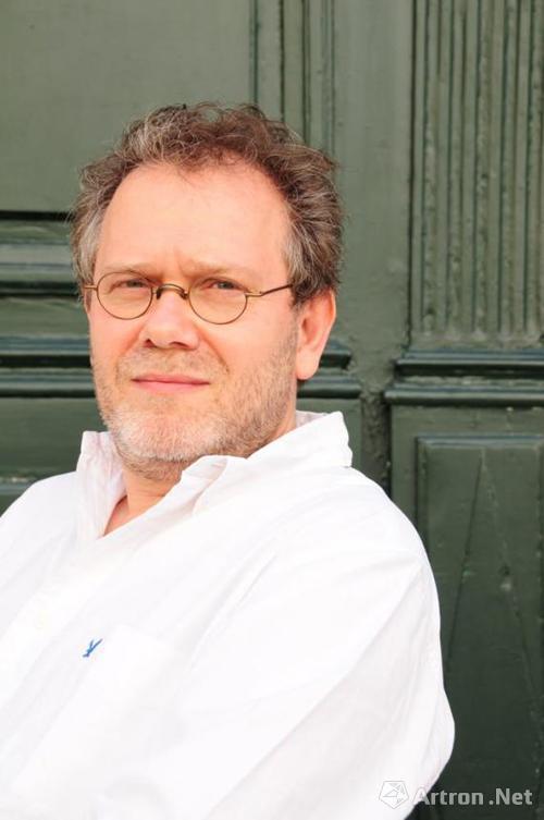 法国哲学家、艺术史学家乔治·迪迪·于贝尔曼获阿多尔诺奖