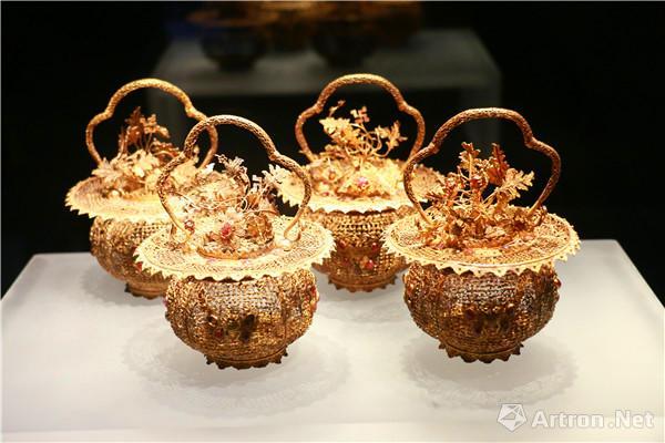 """东波斋珍藏金器与""""金砖""""展    诠释明清皇家考究生活"""